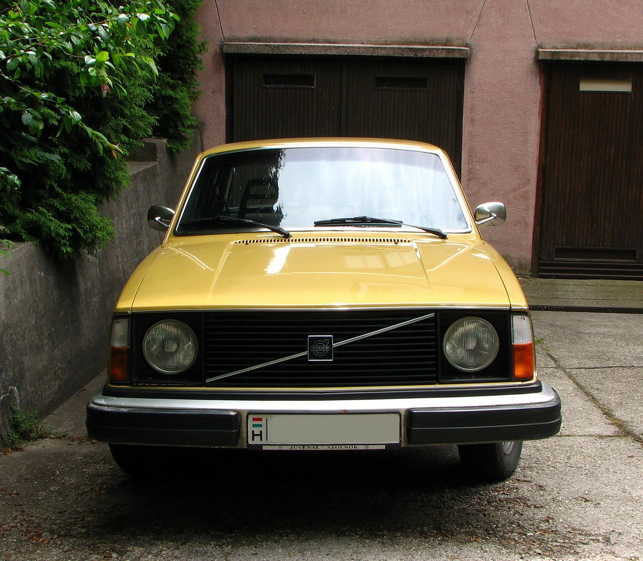 1000+ Images About Yellow Volvo On Pinterest